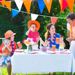 vecteezy_dutch-family-having-grill-party_894662-(1)